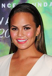 Chrissy Teigen At Arrivals For Fragrance Foundation Awards 2014 Photo Print (40,64 X 50,80 Cm)