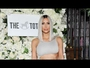 VIDEO : Kim Kardashian Reveals New Bob Haircut