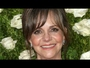 VIDEO : Sally Field Is Writing a Memoir Due Out Next Fall