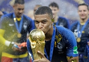 Import Posters Kylian Mbappe ? France World Cup ? Football Wall Print - 30cm X 43cm Brand New